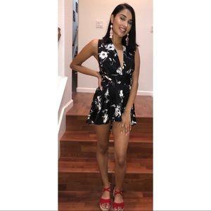 Dresses & Skirts - 🔥Lexi satin romper🖤